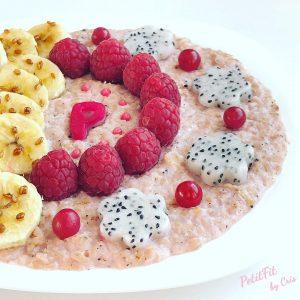 porridge de pitaya roja y coco