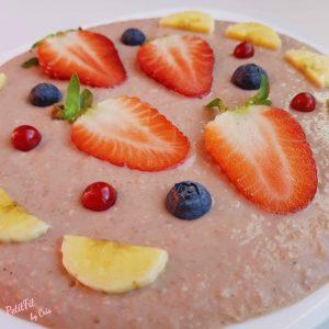 smoothie porridge de fresa y platano