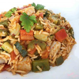 arroz basmati con verduras y burguer de pollo